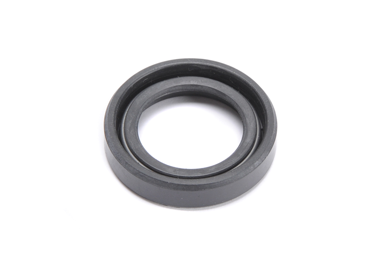 Oil Seal - Clutch, Inner Cover, 5 Speed Gearbox. Fits Triumph 650 & 750 Twin Models Fitted With 5 Speed Gearbox.